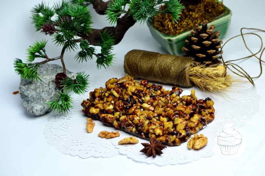 Грильяж из грецких орехов